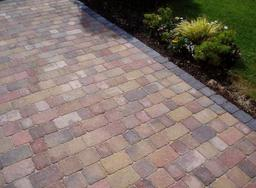 Block paved driveway in Swindon, Wiltshire