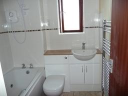 Main Bathroom in great linford Milton Keynes