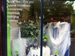 hydes florist 01302564117