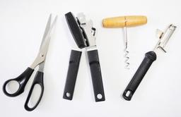 Left handed basic essentials set
