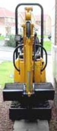 Micro Digger  fits through side gate
