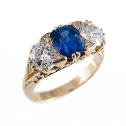 Antique Diamond & Sapphire Ring
