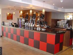 90 Degree Resturant & Bar
