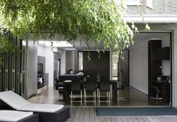 Custom Kitchens London