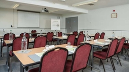 Campanile Dartford Hotel - Dordogne Seminar room - classroom style