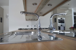 Toughened Mirror Splashbacks