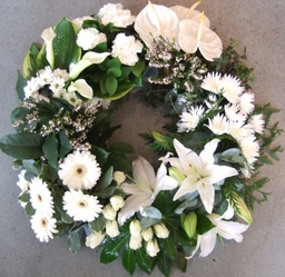 Textured Wreath Funeral tribute