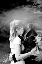 Cardiff wedding photographer Hannah Timm