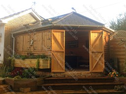 Garden Room, Log Lap