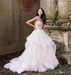 Exclusive to TDR Bridal - Justin Alexander
