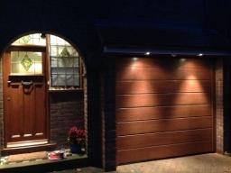 Woodgrain insulated Sectional Garage Door