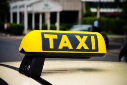 Taxi in Addlestone