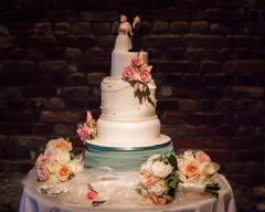 4 tier wedding cake with sugar flowers