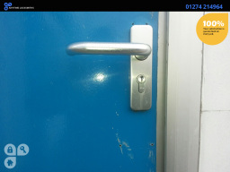 http://www.bradfordlocksmiths24h.co.uk/auto-locksm