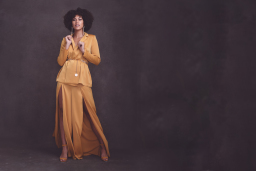 Catrina Glamour Portrait by Renata Clarke