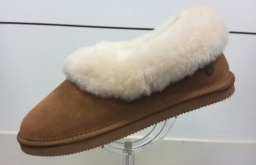Luxury slippers from Padders