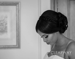 Wedding photography - bridal preparation