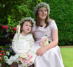 flower girls outdoor family portraits