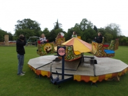 FAIR RIDES 15x15 foot octopus comes with operator and will carry 16 kids prices start from as little as £150.00 for 2hrs