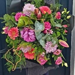 Pretty in Pink fresh flower Bouquet