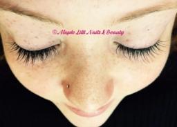 Individual semi-permanent lashes