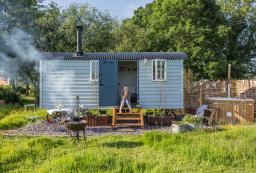 Secluded shepherds hut for romantic breaks