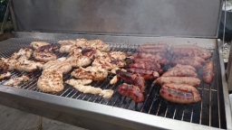 Flame BBQ supply and cook only from fresh meat to ensure best taste. Your wedding guests will be treated with tender and juicy BBQ.