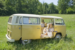 Buttercup Bus - classic campervan hire