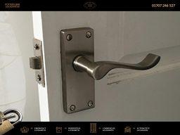 Potters Bar Locksmiths | 01707 246 527