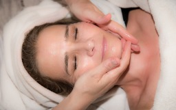 Rejuvenating Mineral Beauty Facials