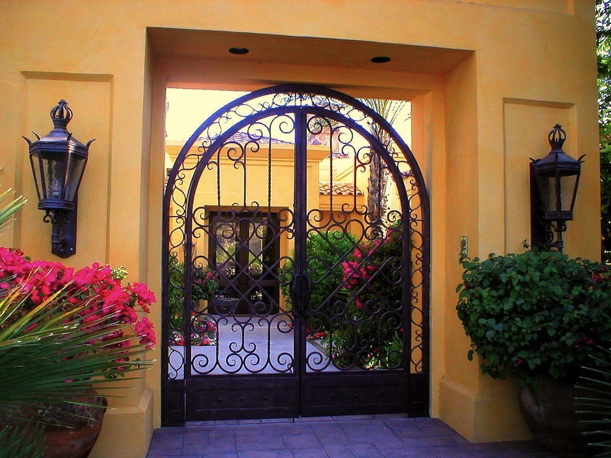 Master Ironworks Beverly Hills Wrought Iron Fencing