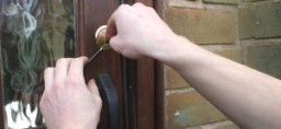 swift locksmith Sheffield team