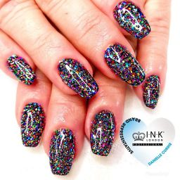 Beautiful beth glitter nails