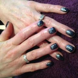 Black and Glitter Design Nails