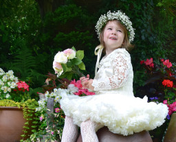 Little flower girl portrait photography