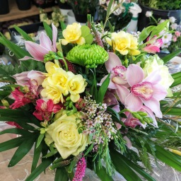 Fresh flower gift bouquet - handtied aqua pack
