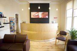 Dentist, Cosmetic Dentist, braces, Invisalign