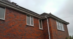 Gutter blockages can quickly cause overflowing and make gutters very dirty , usually a good sign of a blockage.