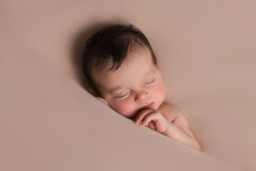Fatima Photography Baby Photographer in Essex