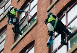 Abseil Window Cleaning HCS