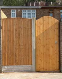 Garden gates fitted in Widnes