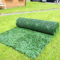 artificial hedge rolls