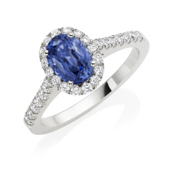 Handcrafted engagement rings in Hatton Garden