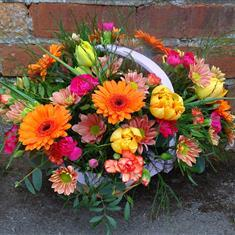 We create arrangements in containers
