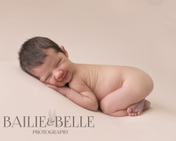 Newborn photography Hertfordshire