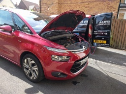 R1234yf Aircon recharge service in Newton Aycliffe