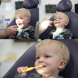 Kids toothbrushing