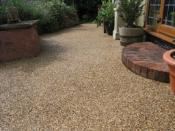Gravelling, Landscaping in Swindon