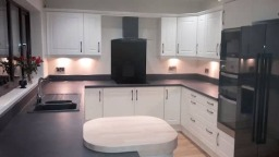 Finished kitchen with monochrome units