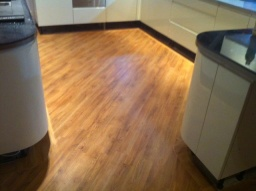 Karndean Kitchen Warm Oak KP39